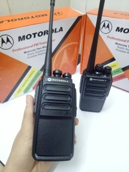 Bộ đàm MOTOROLA CP820 / TK320