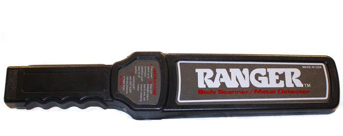 Tay dò kim loại Ranger M1500