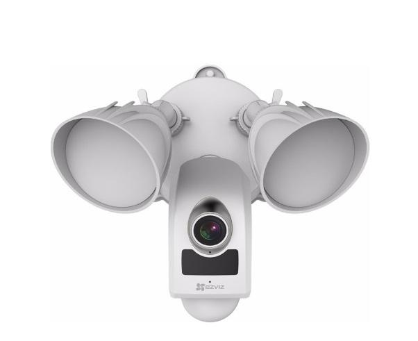 Camera IP ngoài trời tích hợp đèn pha và còi báo động EZVIZ CS-LC1-A0-1B2WPFRL