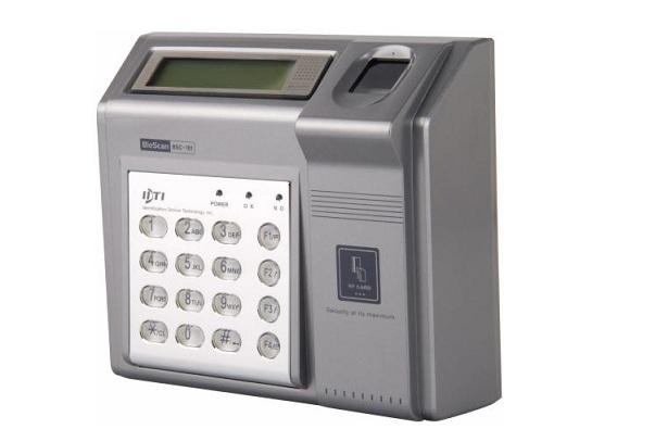 Máy chấm công vân tay, thẻ cảm ứng IDTI BSC-201